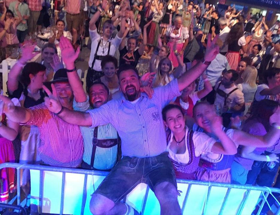 Party DJ Mottoparty buchen